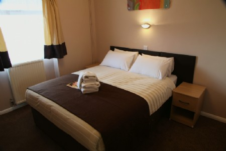 Mill Rythe Holiday Village - image gallery 7